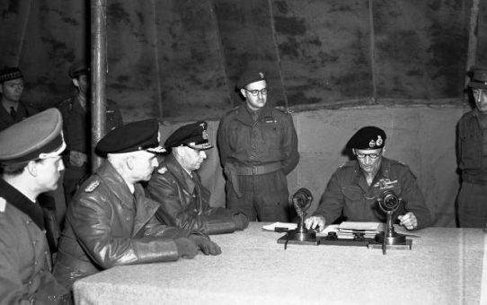 4 May 1945 - German surrender at Lüneburg Heath